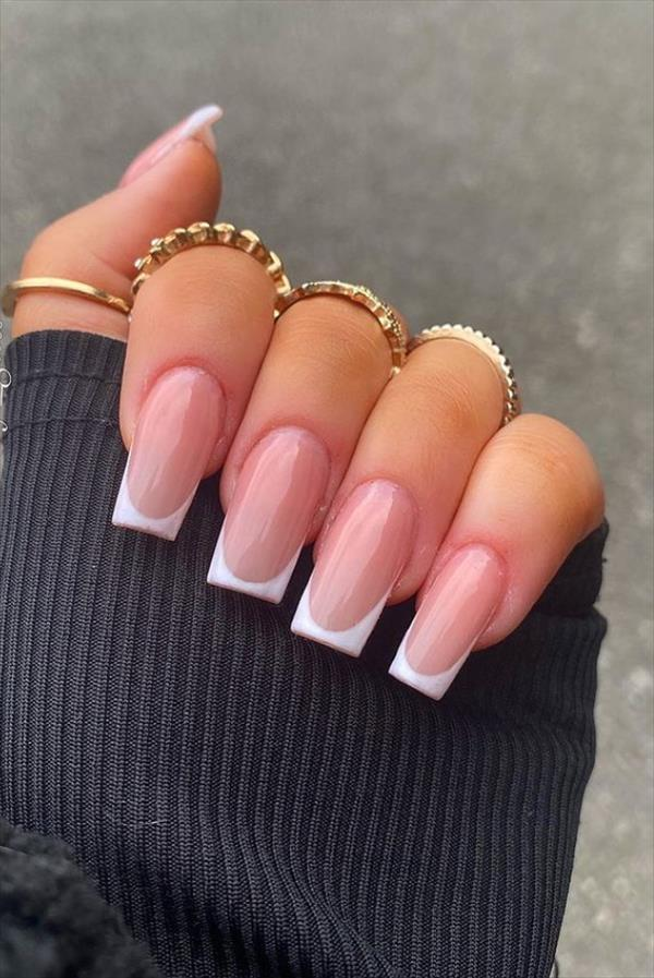 White nail polish art for acrylic summer nail designs 2021 ...