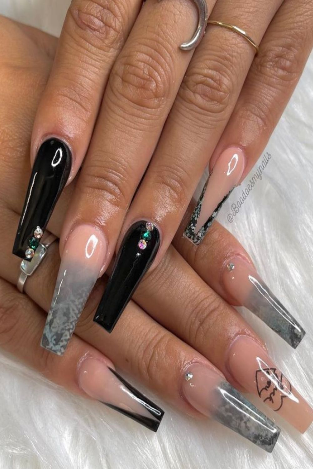 glittering coffin nails to accompany you through the summer