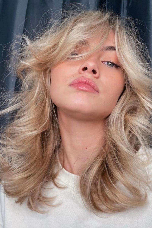 Medium-Length Hairstyles: Curtain Bangs For Medium-Length Hair To Try!
