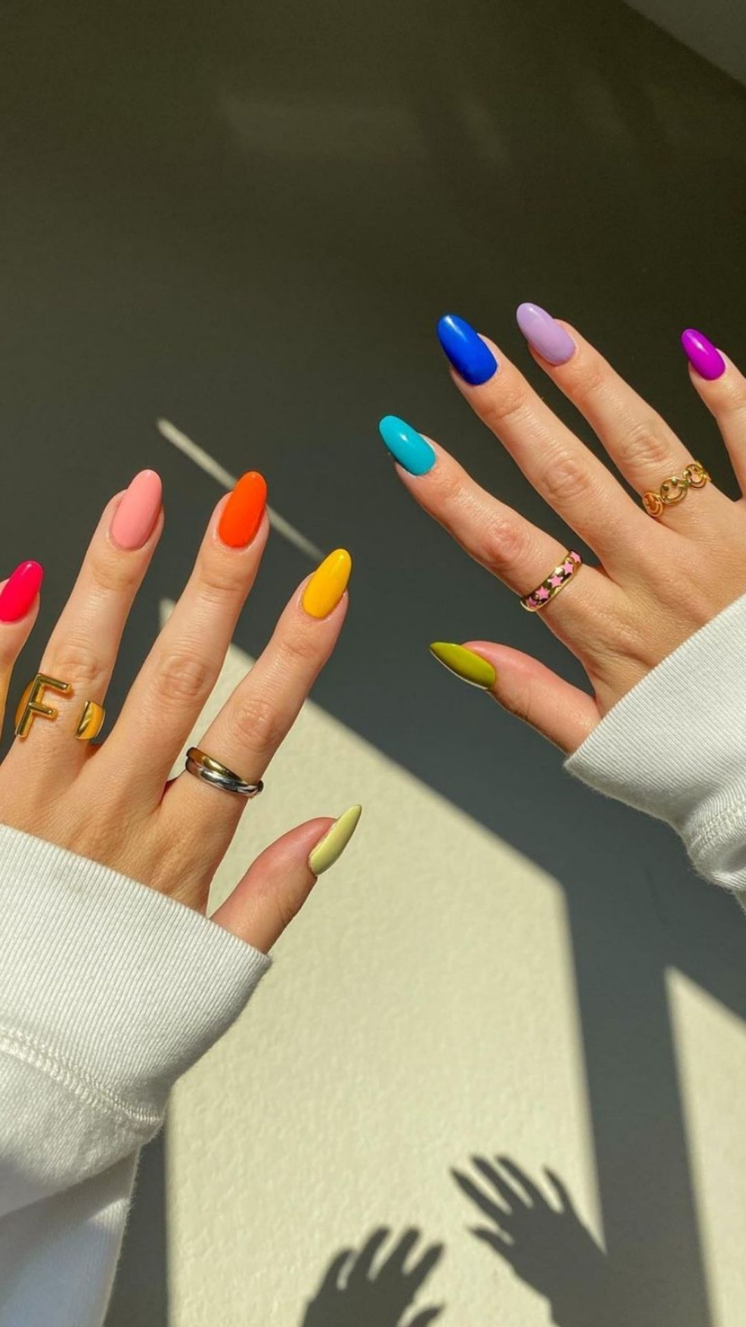 Hottest Almond acrylic nails you'll flip in 2021