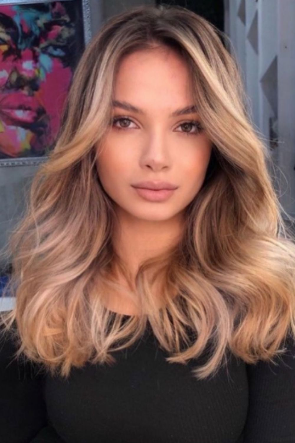 What Are Layered Hair with Curtain Bangs?