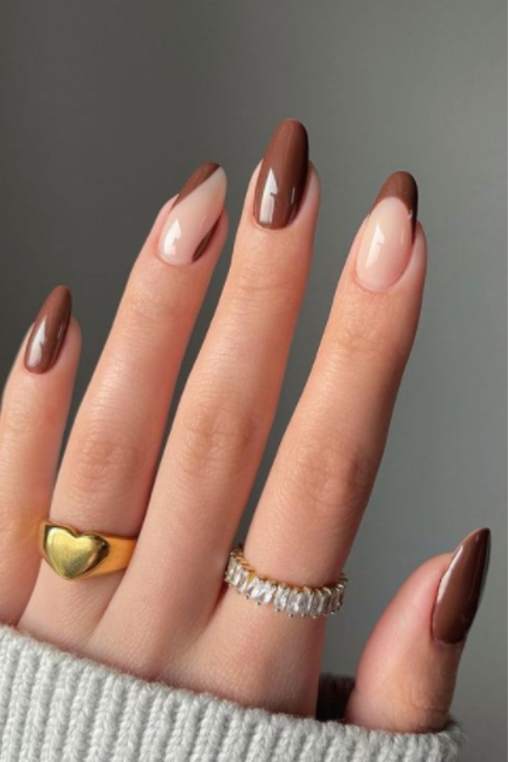 Adorable Swirl Acrylic Nails For Fall