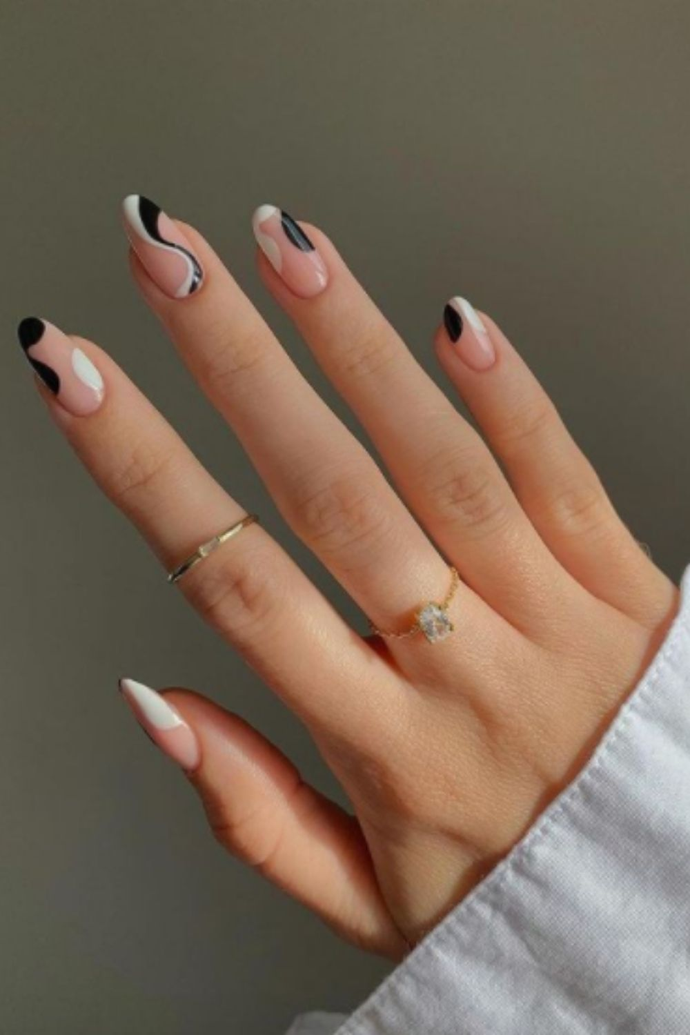 Almond Swirl Nails For Fall
