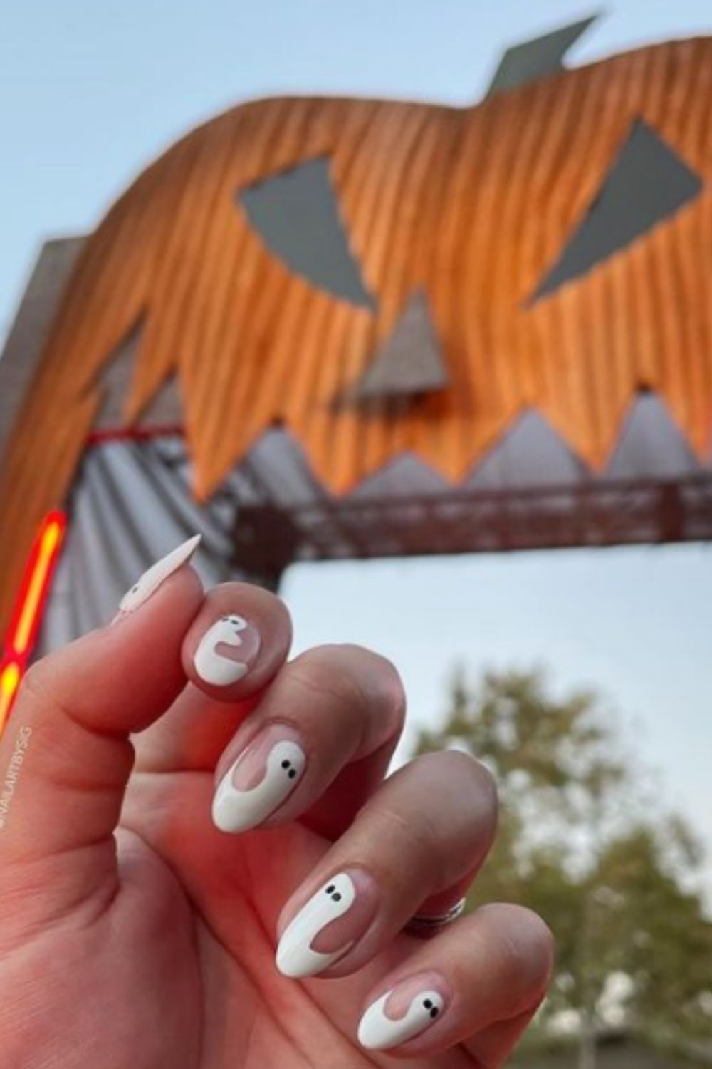 Almond halloween ghost nails