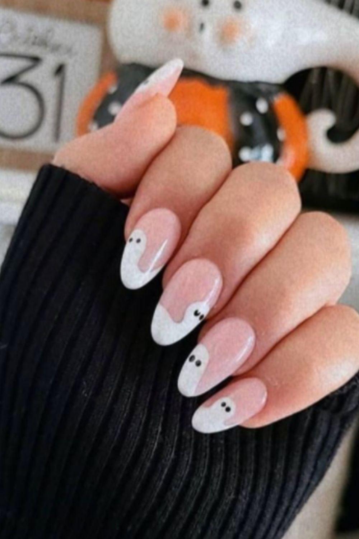 FQA: Halloween Nail Design