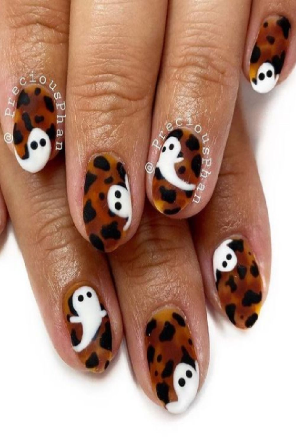 Unique halloween ghost nails