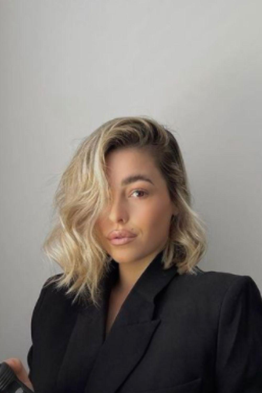 What is medium hairstyles?