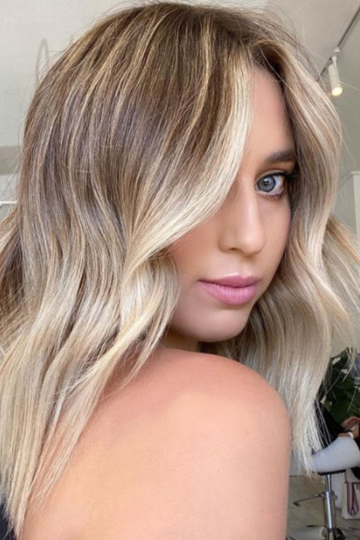 Blonde medium length hairstyles